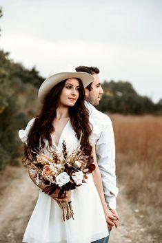 Düğün fotoğraflarının bu kadar önemli olmasının bir sebebi de adeta tarihi bir belge olmasıdır. düğün fotoğrafları, kore tarzı dış çekim, dış çekim fotoğrafları, dış çekim pozları, düğün dış çekim, kore düğün fotoğrafları, sade dış çekim pozları, kore tarzı düğün fotoğrafları, dış çekim düğün fotoğrafları, düğün fotoğrafçısı, volkan aktoprak, izmir düğün fotoğrafçısı, dış mekan düğün fotoğrafları, eğlenceli dış çekim pozları, dış çekim mekanları, düğün fotoğrafçıları, gelin damat Bohemian, Style, Fashion, Swag, Moda, Fashion Styles, Fashion Illustrations, Boho, Outfits