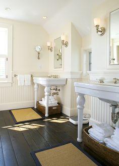 Nantucket Architecture Group bathroom.