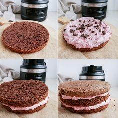 Sønderjysk rugbrødslagkage med hindbær   Mummum.dk Cookies, Cake, Food, Cacao Powder, Crack Crackers, Food Cakes, Eten, Cookie Recipes, Cakes