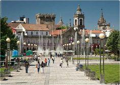 """#Portogallo Braga, sino al 27.09 """"Incontri dell'immagine""""mette in mostra i diversi aspetti della fotografia storico, documentale e concettuale http://www.visitportugal.com/NR/exeres/9E1BC8E0-CB67-4462-AEFB-0DED90C1ECED,frameless.htm"""
