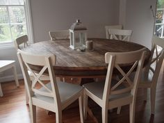Round Dining Room Table And Chairs Kitchen Table Chairs, Kitchen Dining, Dining Rooms, Kitchen Nook, Dining Chairs, Family Kitchen, Diy Kitchen, Kitchen Decor, Kitchen Grey