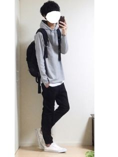 List of a couple of inspo albums : streetwear Tomboy Outfits, Cool Outfits, Casual Outfits, Fashion Outfits, Casual Wear For Men, Androgynous Fashion, Asian Fashion, Street Wear, Men Street