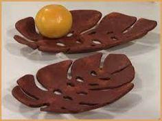 Resultado de imagen para pasta ceramica sin horno Ceramic Clay, Ceramic Plates, Pasta Piedra, Biscuit, Paper Mache Clay, Animal Jam, Do It Yourself Crafts, Pasta Flexible, Clay Projects