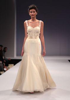 Sexy Hand Made Flowers Trumpet/mermaid Sweep/brush Train Lace Spaghetti Straps Organza Wedding Dresses