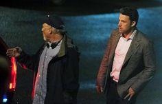 'Gone Girl' extra: Ben Affleck talks baseball between takes Gone Girl, Ben Affleck, Consideration, Writing, Movies, Baseball, Fashion, Moda, Films