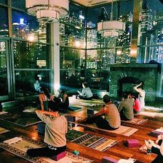This space is unreal! And the yoga mats aren't half bad either.  @spotyogastudios #penthouse45 #yogaeverydamnday #laviebohemeyoga #nyc