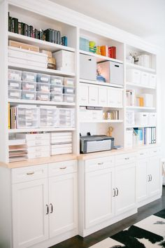 What was once a dark, unused spare room was turned into a bright, creative studio with the help of an interior designer and loads of built-in storage. Workspace Design, Office Workspace, Home Office Design, Home Office Decor, Office Ideas, Office Setup, Home Music, Workspace Inspiration, Home Office Organization