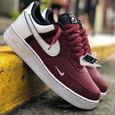 Nike Shoes OFF!> Behind The Scenes By driipcollection Tenis Nike Casual, Tenis Nike Air Max, Jordan Tenis, Mens Fashion Shoes, Sneakers Fashion, Fashion Tape, Fashion Outfits, Sneakers Mode, Shoes Sneakers