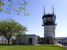 Air Traffic Control Tower at LVK [Photo Friday] - http://LivermoreRocks.com/air-traffic-control-tower-at-lvk-photo-friday/