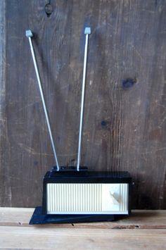 Vintage miniature radio Vintage speaker Deco radio Old radio cabinet Mid century modern speaker Doorbell cabinet project Collectible