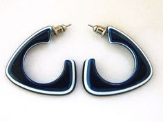 Vintage 80s Geometric Triangle Stud Earrings Navy White Retro Costume Jewelry #Hoop