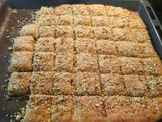 Είναι από τα ωραιότερα και νοστιμότερα τυροπιτάκια που έχω κάνει ,,,, δεν έχουν αυγά και τα φουντούκια, τα σποράκια με το σου... Cyprus Food, Greek Recipes, Banana Bread, Food Processor Recipes, Food And Drink, Appetizers, Yummy Food, Homemade, Snacks
