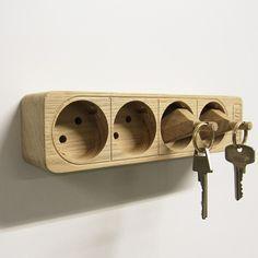 Sjovt design / nøglebræt og nøgleringe i ét