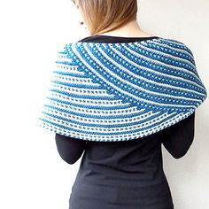 Ravelry: Water Rings shawl pattern by Lisa Hannes Spool Knitting, Knitting Stitches, Knitting Patterns, Crochet Patterns, Knitting Projects, Crochet Shawls And Wraps, Knitted Shawls, Crochet Scarves, Ravelry