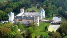 Le château de Krasiczyn en Pologne http://laura-eleuthere.blog.onet.pl/2011/01/03/krasiczyn-i-baranow-zamki-renesansowe/