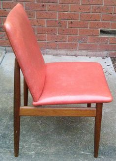Mid Century Style, Dining Chairs, Furniture, Home Decor, Dining Chair, Interior Design, Home Interior Design, Dining Table Chairs, Arredamento
