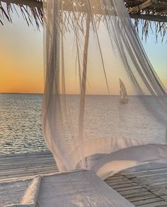Beach Aesthetic, Travel Aesthetic, Places To Travel, Places To Go, Foto Glamour, Summer Dream, Dream Vacations, Dream Vacation Spots, Beautiful Places
