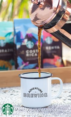 Flavors from around the world. Coffee that tastes like youre there. The new Premium Select Collection is ready to be discovered. Starbucks Drinks, Starbucks Coffee, Coffee Beans, Coffee Mugs, Coffee Aroma, Vegetarian Lasagna Roll Ups, Steak Sandwich Recipes, Bulgur Salad, Soup Appetizers