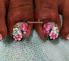 109 Unhas Decoradas com Borboletas! Cute Toe Nails, Toe Nail Art, Acrylic Nails, Pedicure Designs, Toe Nail Designs, Cute Pedicures, Summer Toe Nails, Magic Nails, Nail Technician