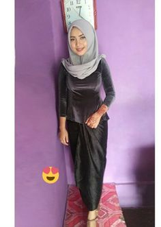 Girl Hijab, Hijab Outfit, Satin Dresses, Tight Dresses, Kebaya Hijab, Sweet Lady, Exotic Beauties, Beautiful Hijab, Muslim Women