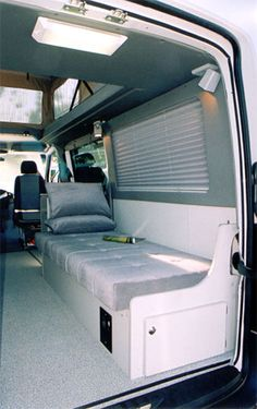 "Quicklinks 1 EB Gauchos/Beds 2 EB Mid-Dinettes 3 EB Rear Dinettes 4 EB Couches 5 Dinettes W 6 RB Gauchos 7 Bunk/Platform 8 Captain Seats Page 6 DYO Rear Gaucho Roy Hybl's passion is fishing and exploring this beautiful country. The Regular Body Sprinter is only 19' long with a wheel base of 144"" and a turning radius of only Continue Reading"