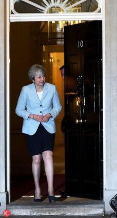 British Prime Minister Theresa May meets Prime Minister Joseph Muscat Uk President, Teresa May, Mary Washington, British Prime Ministers, Weather And Climate, Donald Trump Jr, Women In Leadership, Muscat