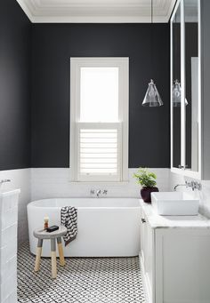 Small Bathroom Ideas In Black And White                                                                                                                                                                                 More