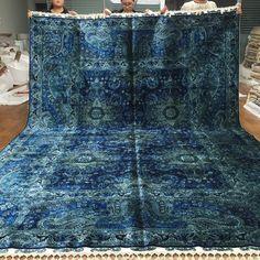 Nice dark blue handmade silk rug from Yilong Carpet factory. Size: 260x350cm www.yilongcarpet.com
