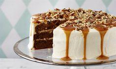 Karameltaart met hazelnoten Recept: Een heerlijke zoete taart met hazelnoten en karamel. Een heerlijk recept gemaakt met basis ingredienten. - Een van de 500 lekkere Dr. Oetker recepten!