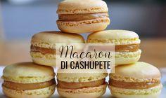 We geven de klassieke, Franse macarons een Antilliaans tintje door ze te maken met cashewnoten... en te vullen met heerlijke dulce de leche (caramel) !