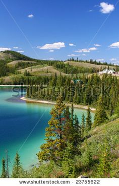 stock photo : Emerald lake on Alaskan Highway (vertical)