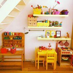 Houten winkeltje, keukentje en zithoekje te koop!