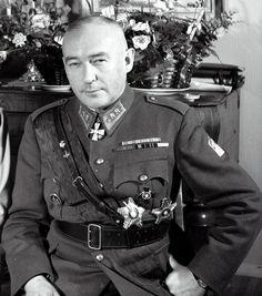 Kenraaliluutnantti ja Mannerheim- ristin ritari Hjalmar Siilasvuo. (1892-1947).