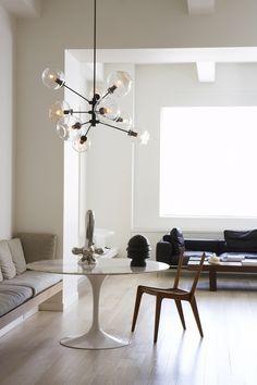 Lindsey Adelman Light Fixture I Remodelista #chandelier #glittering #LindseyAdelman #bulb #miscenturymodern