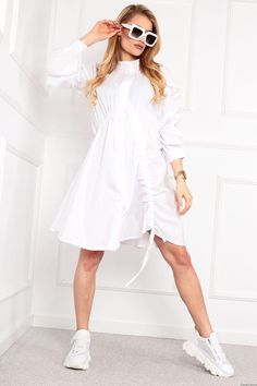Koszulowa sukienka Simple -biała Fashion Details, Retro Fashion, White Dress, Dresses, Style, Vestidos, Swag, Gowns, Stylus