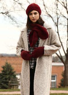 105ded5aa11c8 lookbym - Solid Eyelash Mittens Theset Setitems Burgundy Glove Hat Scarf