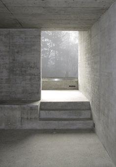 architecture - Room for art in Zumikon Concrete Architecture, Minimal Architecture, Space Architecture, Architecture Details, Concrete Interiors, Interior And Exterior, Interior Design, Concrete Structure, Brutalist