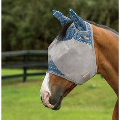 Protect your horse from the pesky flies in style this year! The Cashel® Designer Line Fly Mask has new colorful designs that your horse is sure to love.