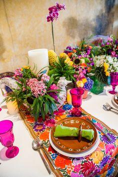 Colorful destination wedding reception | Elizabeth Medina Photographic Artisans | see more on: http://burnettsboards.com/2015/01/colorful-yucatan-hacienda-wedding/