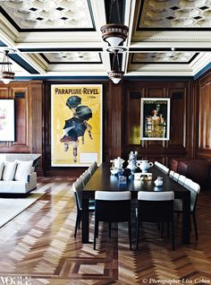Wow this place is amazing. I'm no man and I'd live there! This office building was built in the 1920s by Sydney Smith, Off & Serpell and has recently been turned into the ultimate bachelor pad. #MensRoomDecor