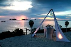 When evening falls.... Experience the destinations dining on the #beach with beautiful #sunset at #ConradKohSamui #Kohsamui #Thailand