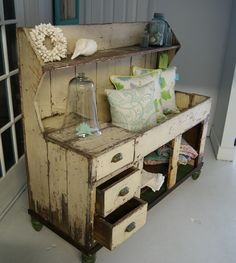 primitive homes picturetrail Primitive Cabinets, Primitive Furniture, Rustic Furniture, Vintage Furniture, Painted Furniture, Diy Furniture, White Furniture, Primitive Homes, Country Primitive