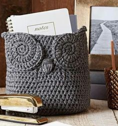 Most up-to-date Absolutely Free Cute crochet basket Thoughts Häkeln Sie Owl Basket Free Pattern Owl Crochet Patterns, Crochet Owls, Owl Patterns, Crochet Crafts, Crochet Projects, Free Crochet, Sewing Projects, Crocheting Patterns, Pattern Ideas