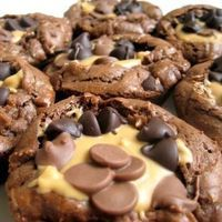 Peanut Butter Cup Brownies by Food Gawker
