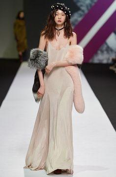 YCH Seoul Fall 2016 Fashion Show