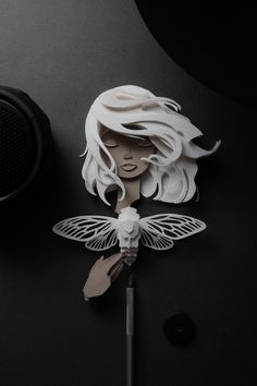 Take delight in the splendid paper cut sculptures of famous people and iconic characters by Manila-based multidisciplinary designer John Ed De Vera. 3d Paper Art, Paper Artwork, Origami Paper, Paper Quilling, Quilling Comb, Neli Quilling, Paper Cutting, Book Art, Cut Paper Illustration