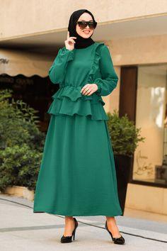 Muslim Dress, Hijab Dress, Stylish Kurtis Design, Blouse And Skirt, The Dress, Hijab Fashion, Nevada, Evening Dresses, Casual Dresses