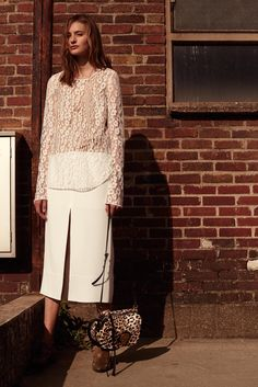 http://www.style.com/slideshows/fashion-shows/resort-2016/chloe/collection/11