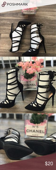 Black Strapped Heels🆕 Brand new -  beautiful gold buckles - zipper in back for easy put on... (Brand New w/o Box)  - - • Don't forget to Bundle ! • I Accept Offers  • Instagram : @RoyallyRococo Shoes Heels