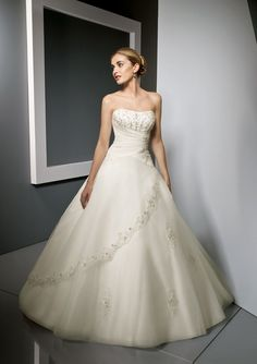 beautiful fairytail gown